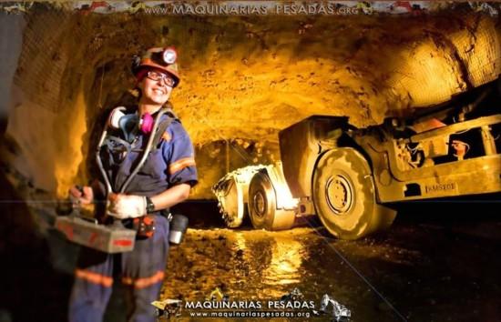 mujer-voladura-mina-subterranea