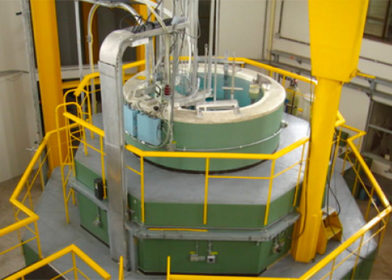 reactor-nuclear-col