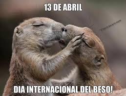 dia internacional del beso 13 de abril