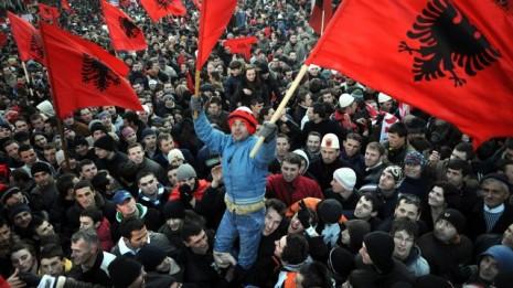 639x360_1279820265_Celebración en Kosovo 17 de febrero