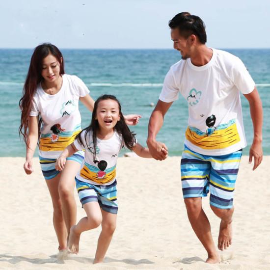 La-familia-a-juego-ropa-hija-de-la-madre-trajes-padre-e-hijo-trajes-de-algodón
